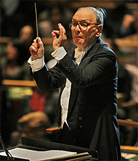 Morricone conducting in the U.N. General Assembly Hall