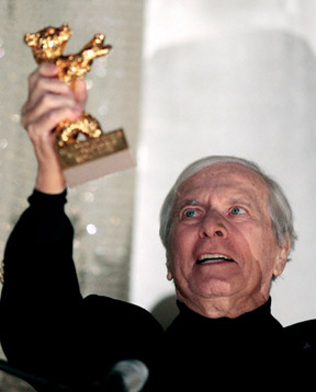 Maurice Jarre accepts the Golden Honorary Bear at the 59th Berlin Film Festival. Photograph by Johannes Eisele.