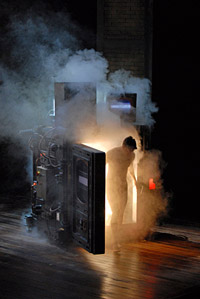 Daniel Okulitch (Seth Brundle) in <i>The Fly</i>, Paris Opera (photo by Marie-Noelle Robert)